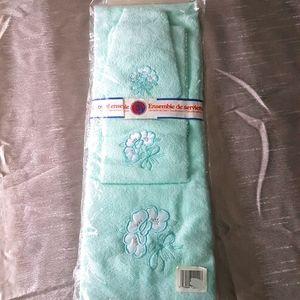 3 Piece Hand Towel ensemble